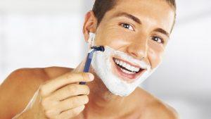 Mit dem Pinsel und Rasiermesser: Rasierprodukte für Männer I Coloniali